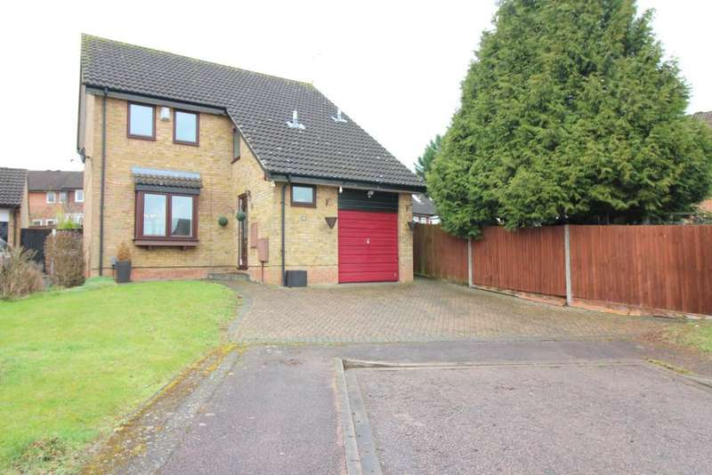 3 Bedrooms Detached House for sale in Huckleberry Close, Luton, Bedfordshire, LU3 4AN