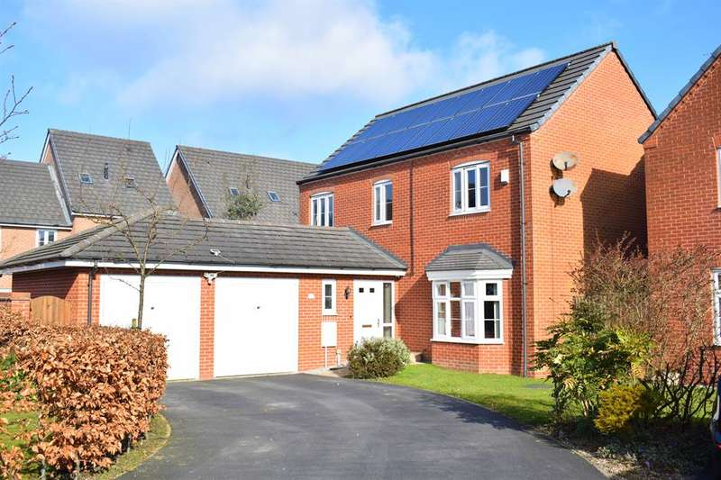 4 Bedrooms Detached House for sale in North Dene Park, Chadderton, Oldham, OL9 9JN