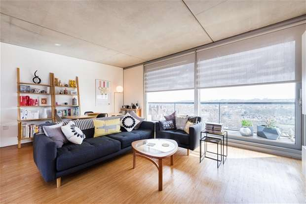 3 Bedrooms Flat for sale in Dog Kennel Hill, East Dulwich