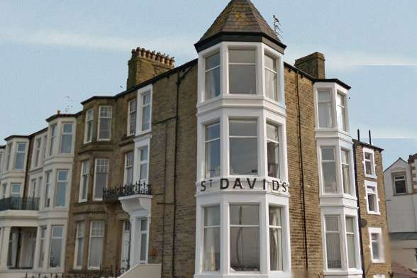 1 Bedroom Apartment Flat for sale in Marine Road East, Morecambe, Lancashire, LA4 6AD