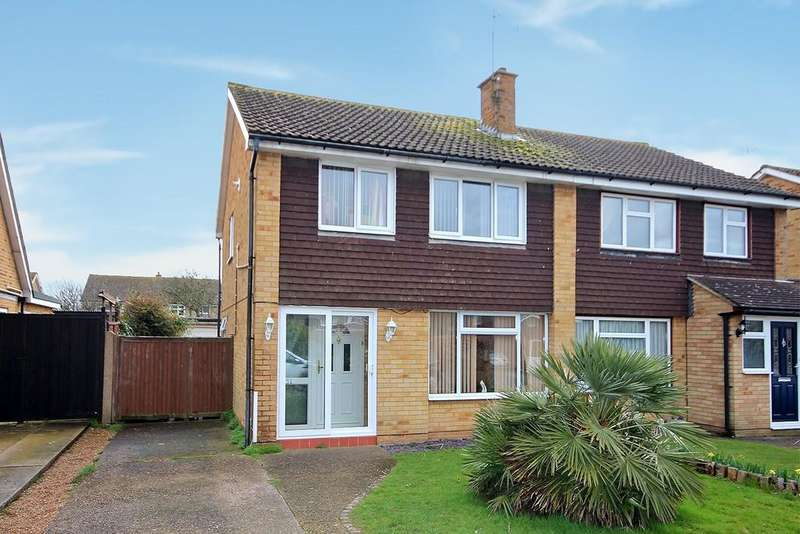 3 Bedrooms Semi Detached House for sale in Upton Road, Tarring, Worthing BN13 1BY
