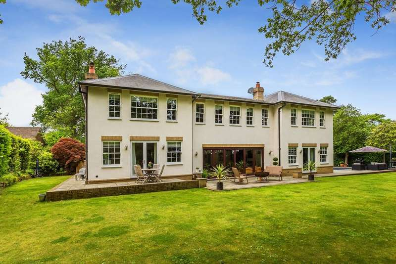 5 Bedrooms Detached House for sale in Brassey Road, Oxted, RH8