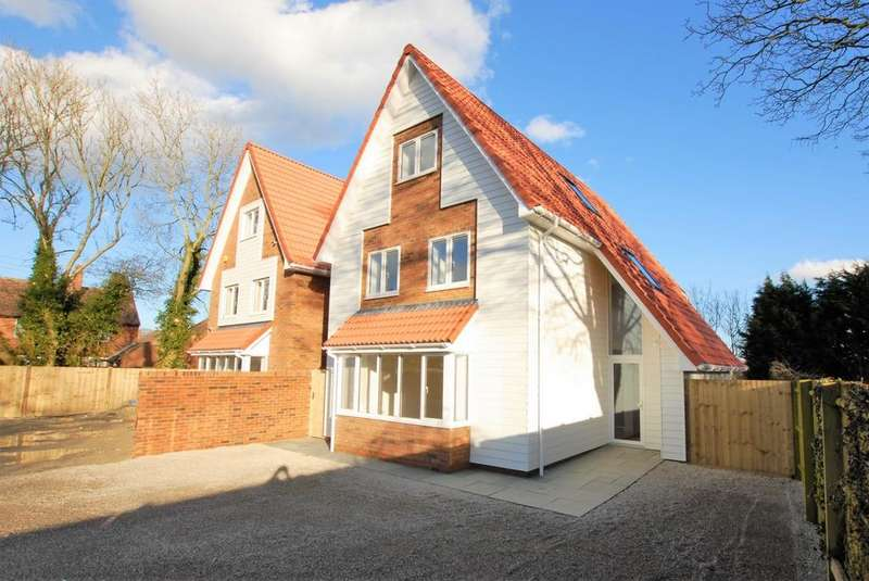 5 Bedrooms Detached House for sale in Canterbury Road, Densole, CT18
