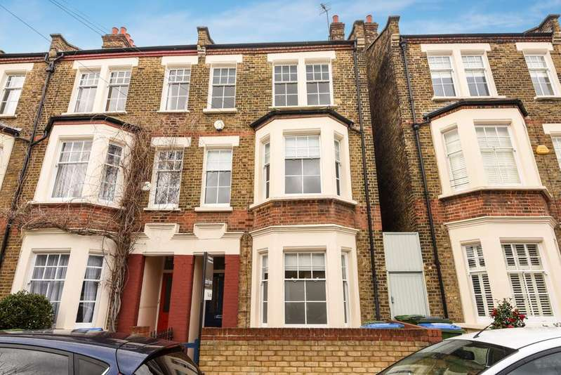 4 Bedrooms Terraced House for rent in Ashburnham Place West Greenwich SE10