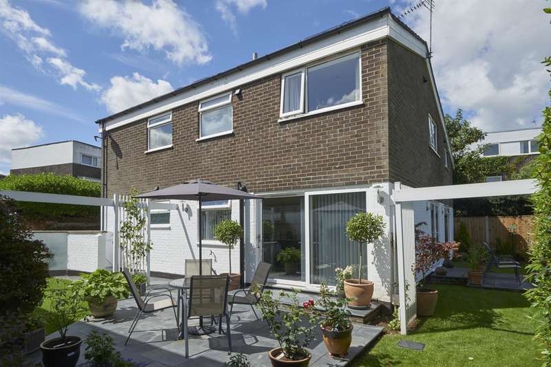 5 Bedrooms Detached House for sale in Churston Close, Bracondale, Norwich