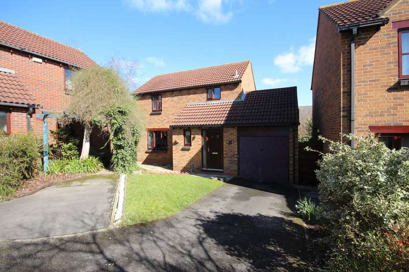 3 Bedrooms Detached House for sale in Top Common, Warfield
