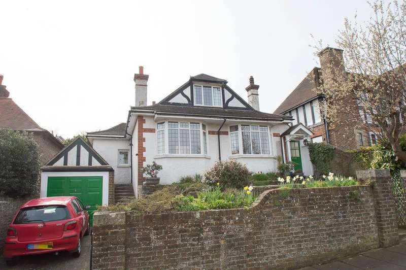 3 Bedrooms Detached House for sale in Le Brun Road, Eastbourne