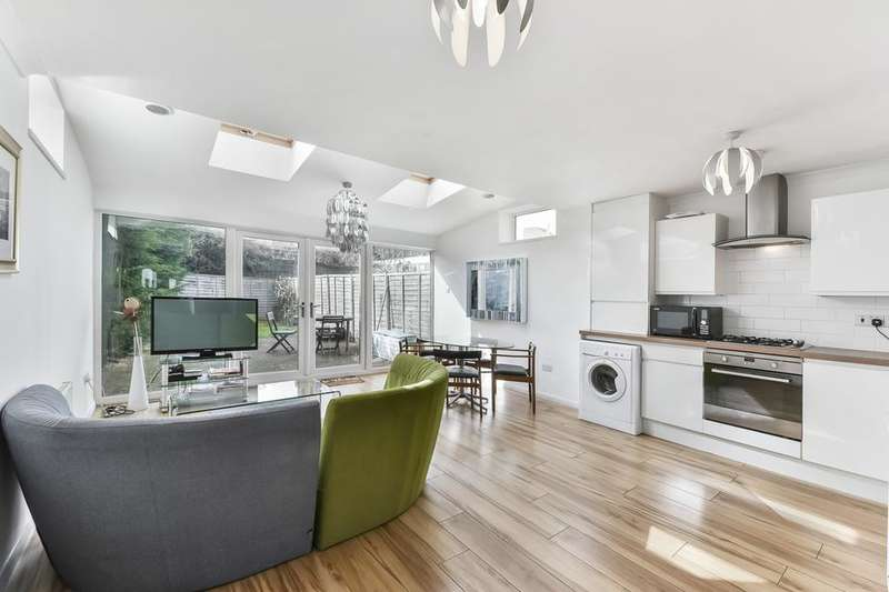 4 Bedrooms Terraced House for sale in Glenville Grove, London SE8