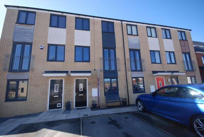 3 Bedrooms Town House for sale in St Nicholas Way, Hebburn