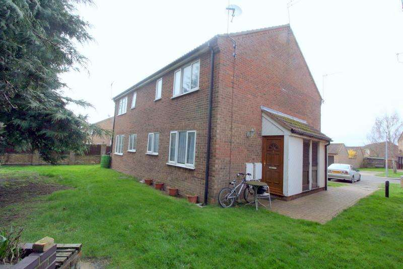 1 Bedroom Terraced House for sale in Chelmer Close, Frinton-On-Sea