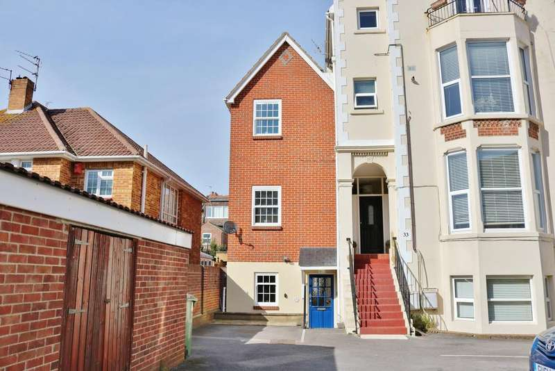 3 Bedrooms Town House for sale in Granada Road, Southsea