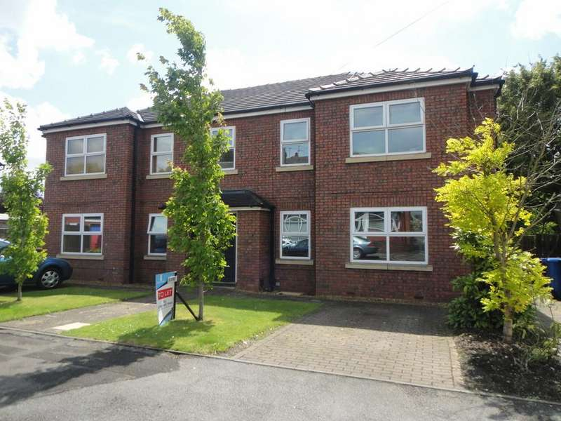 2 Bedrooms Flat for rent in Woodhall Road, South Reddish, SK5 7QH