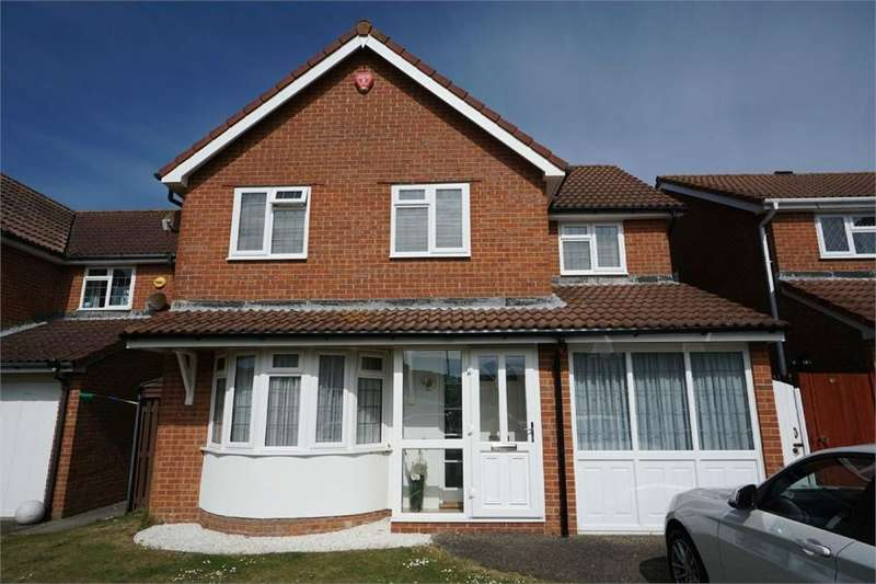 4 Bedrooms Detached House for sale in Boston Close, South Harbour, East Sussex