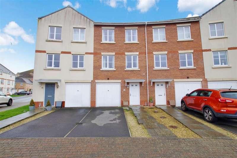 4 Bedrooms Town House for sale in Mayflower Road, Oakley Park, Swindon