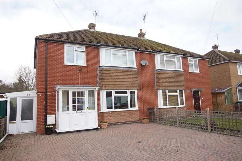 3 Bedrooms Semi Detached House for sale in Burns Avenue, Warwick