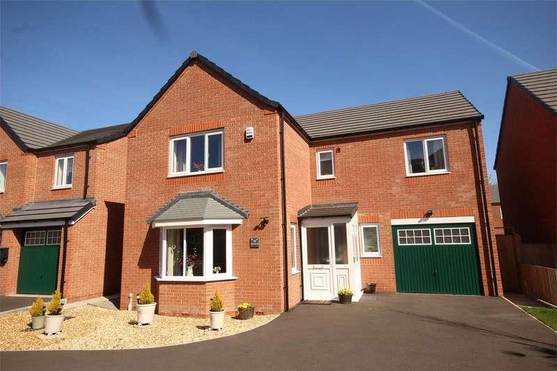 4 Bedrooms Detached House for sale in Oak Drive, Penyffordd, Flintshire