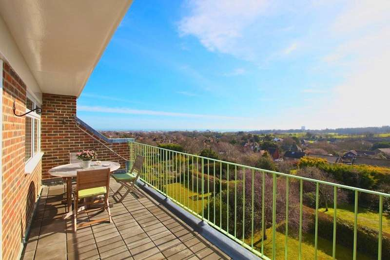 3 Bedrooms Apartment Flat for sale in Pashley Road, Summerdown, Eastbourne, BN20