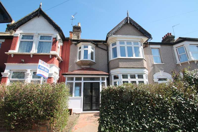 4 Bedrooms Terraced House for sale in WANSTEAD PARK ROAD, ILFORD