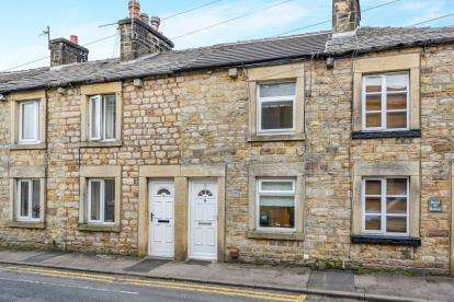2 Bedrooms Terraced House for sale in Chapel Street, Galgate, Lancaster, Lancashire, LA2