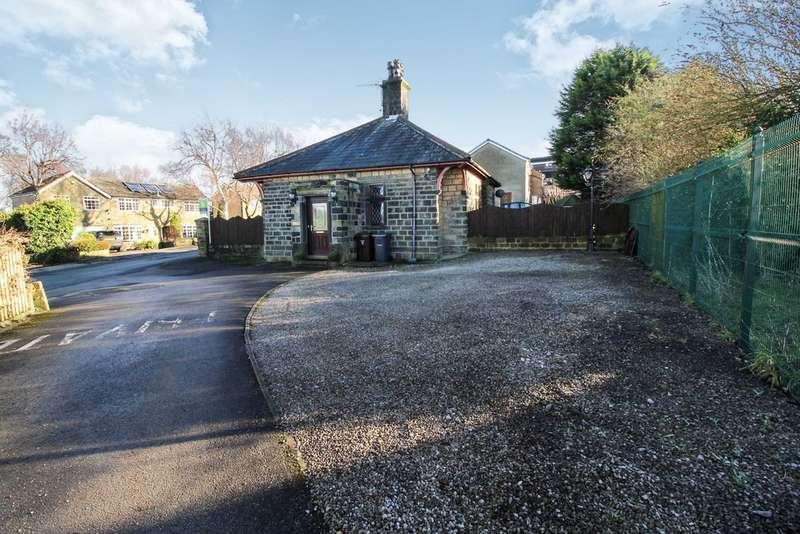 2 Bedrooms Detached House for sale in Greenside Lane , Cullingworth
