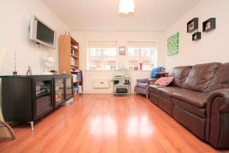 1 Bedroom Flat for sale in St David's Square, London E14
