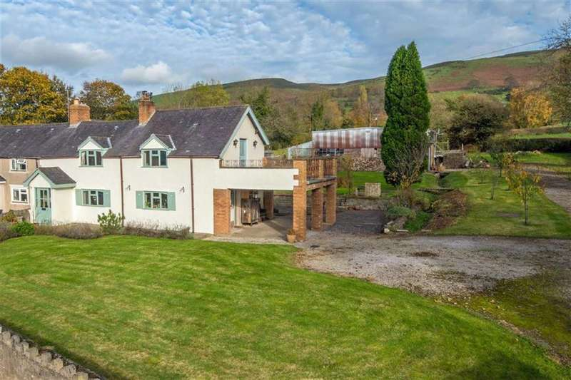 4 Bedrooms House for sale in Llangynhafal, Ruthin