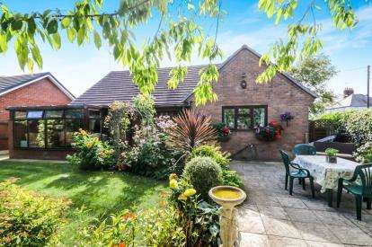 4 Bedrooms Detached House for sale in Higher Common Close, Buckley, Flintshire, CH7