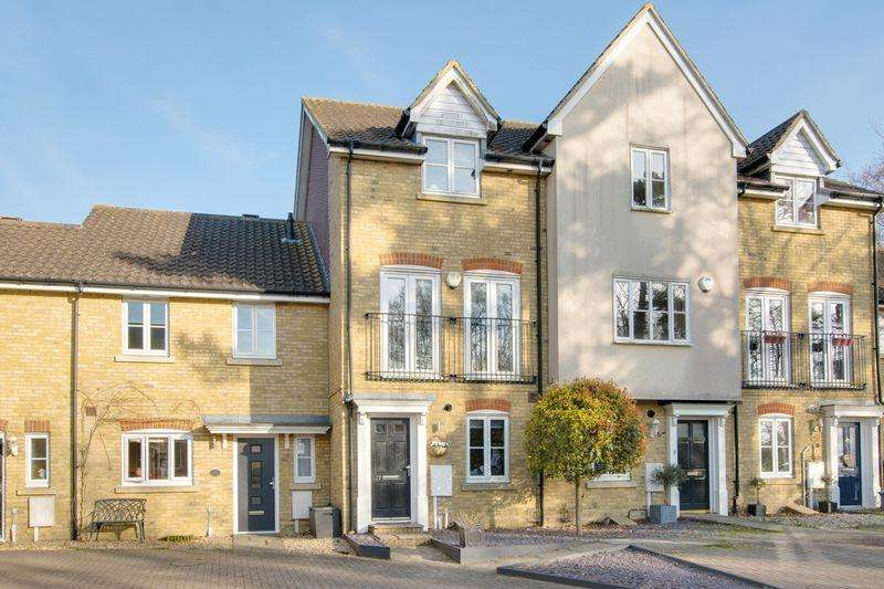 3 Bedrooms Terraced House for sale in Chartham
