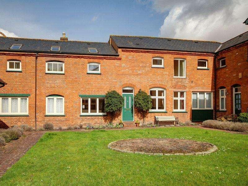 3 Bedrooms Terraced House for sale in Van Buren Place, Exeter