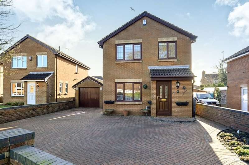 4 Bedrooms Detached House for sale in Wensleydale Close, Bridlington, YO16