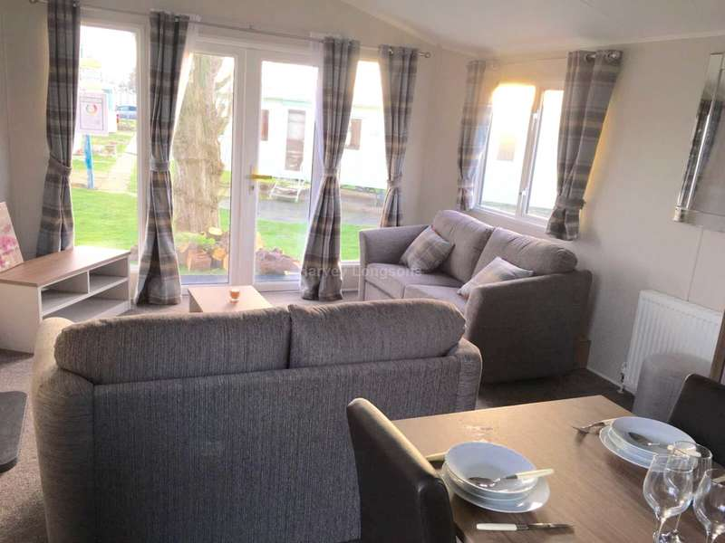 2 Bedrooms Caravan Mobile Home for sale in Beach Road, St Osyth, Nr Clacton-On-Sea