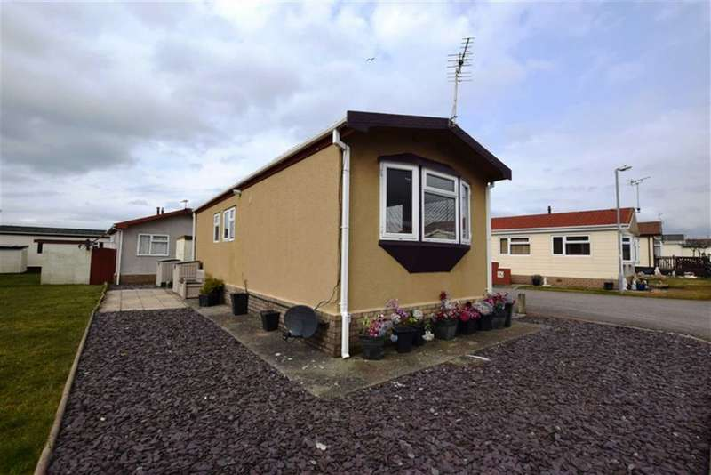 1 Bedroom Chalet House for sale in West Shore Park, Barrow In Furness, Cumbria