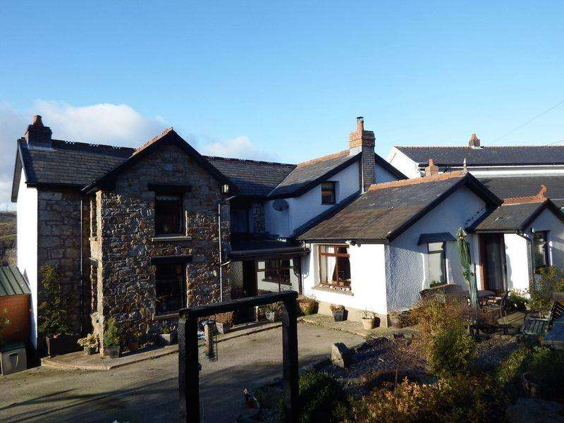 3 Bedrooms Detached House for sale in Lilac Cottage, Llanelly Hill, NP7 0NR