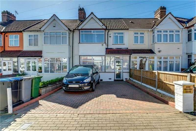 3 Bedrooms Terraced House for sale in Meadowbank Road, London