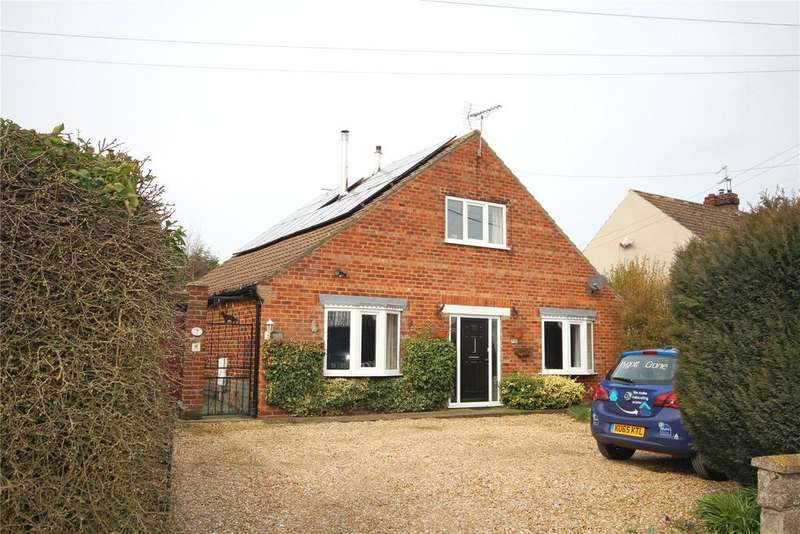 3 Bedrooms Detached Bungalow for sale in Lincoln Road, Ingham, LN1