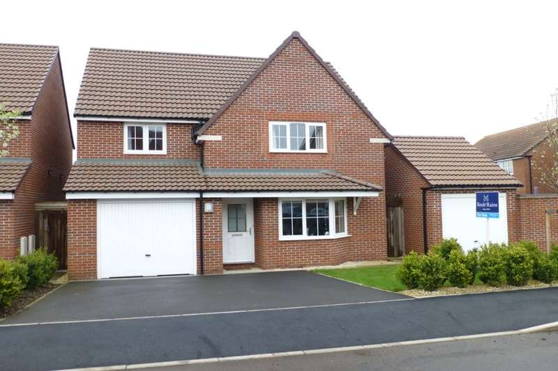 4 Bedrooms Detached House for sale in Codling Road, Evesham, WR11