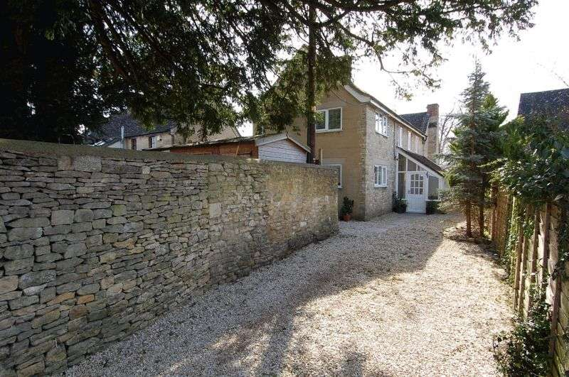 3 Bedrooms Property for sale in Manor Road, Woodstock