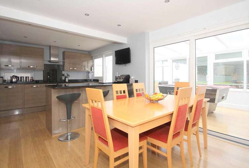 4 Bedrooms House for sale in OVER 1670 SQ FT 4 BED IN Pluto Rise, HP2