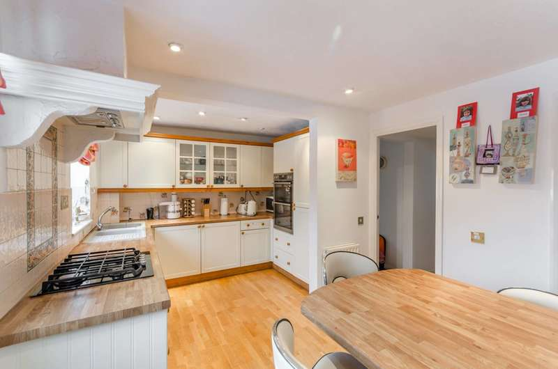 4 Bedrooms House for sale in Kingswood Drive, Sydenham Hill, SE19