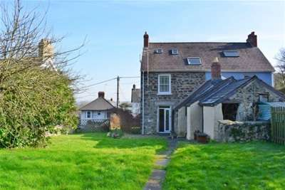 3 Bedrooms House for rent in Longdown Bank, St. Dogmaels