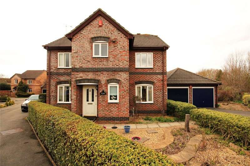 4 Bedrooms Detached House for sale in Guest Avenue, Emersons Green, Bristol, BS16