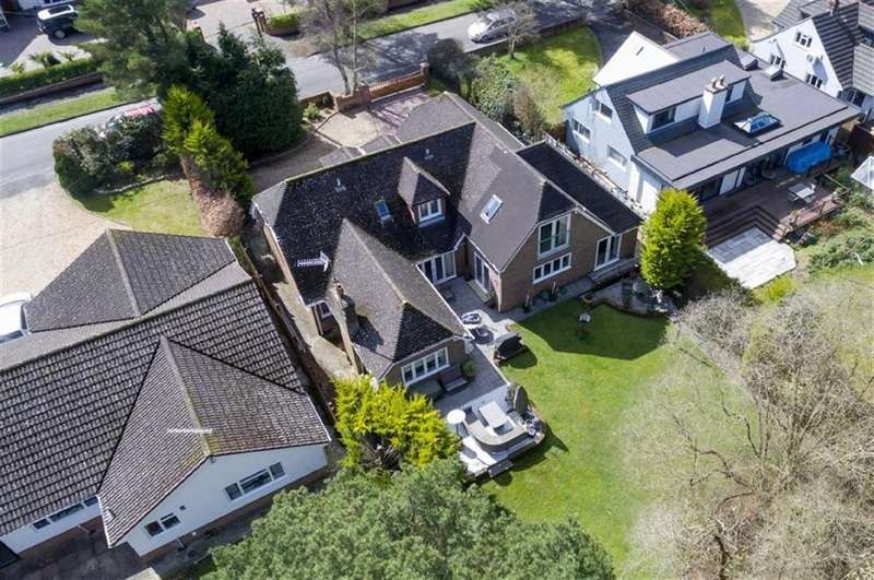 5 Bedrooms Detached House for sale in Ashley Drive West, Ringwood, Hampshire