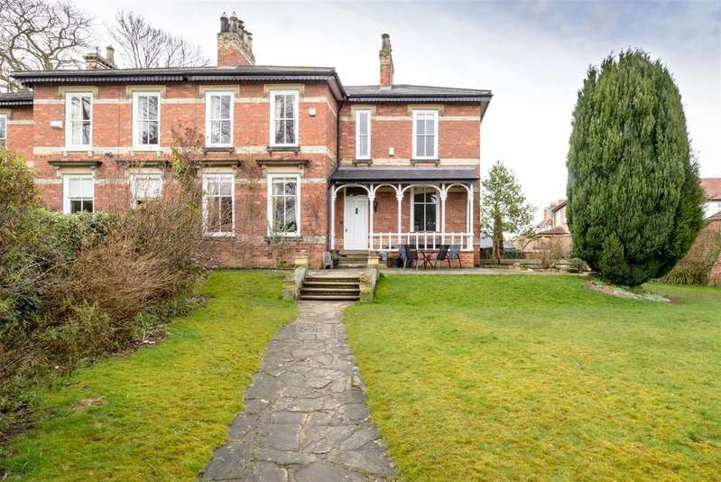 5 Bedrooms Semi Detached House for sale in Coniscliffe Road, DARLINGTON