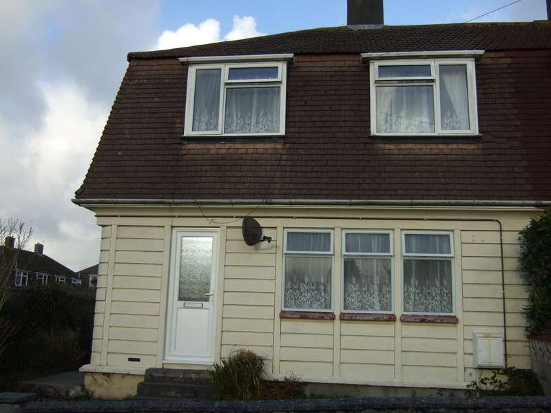 3 Bedrooms Semi Detached House for rent in Pond Lane, Redruth TR15