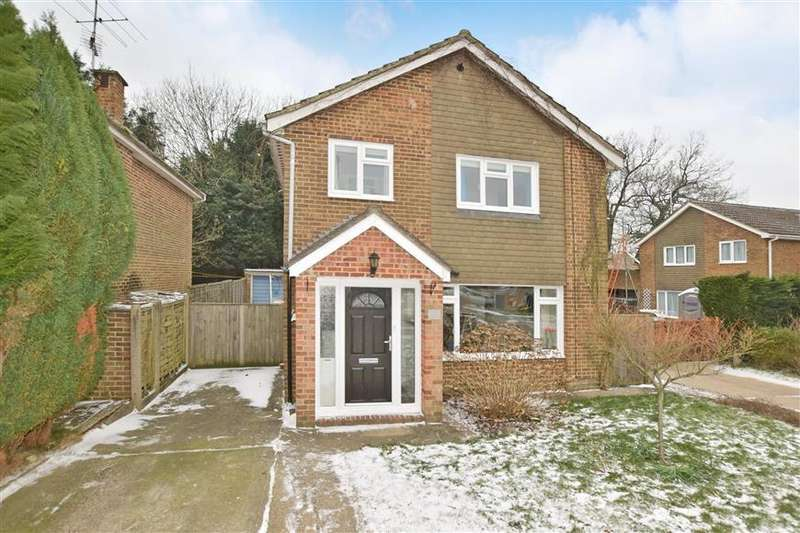4 Bedrooms Detached House for sale in Sycamore Avenue, Horsham, West Sussex