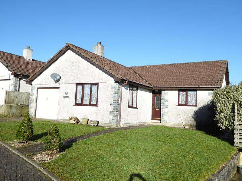 3 Bedrooms Detached Bungalow for sale in Green Meadows, Camelford