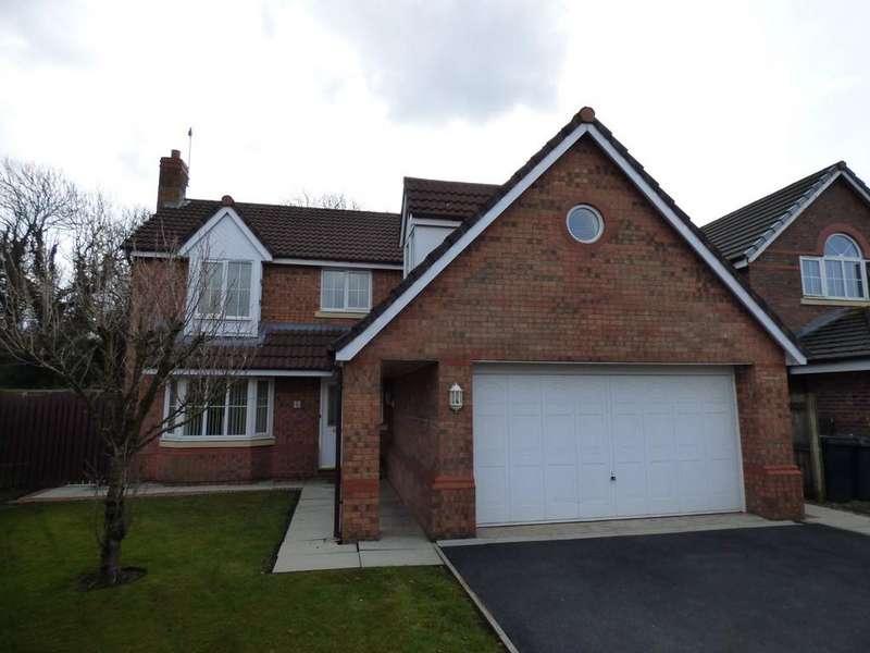 4 Bedrooms Detached House for sale in Moorfield Close, Penwortham
