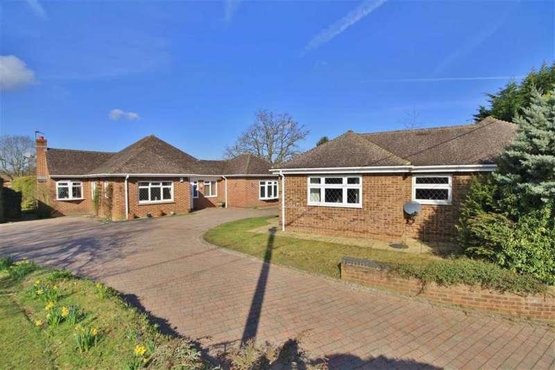 4 Bedrooms Detached Bungalow for sale in St Mary's Platt, Kent
