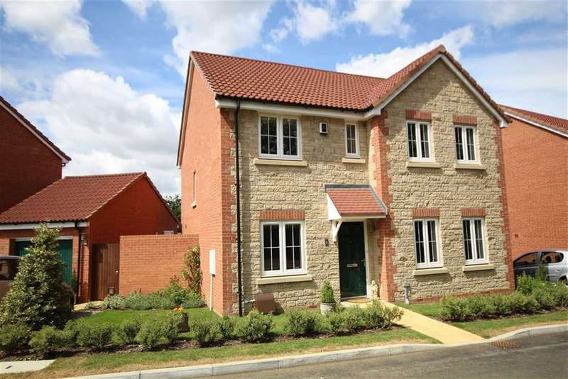 4 Bedrooms Detached House for sale in Belcombe Close, Coate, Swindon
