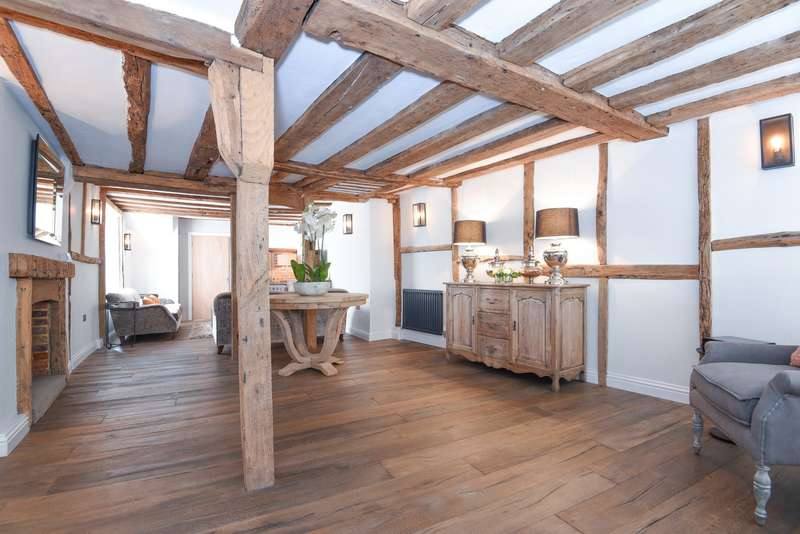5 Bedrooms Town House for sale in Market Place, Henley-On-Thames, RG9
